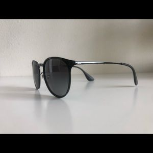 RAY-BAN RB 3539 002-T3 ERIKA BLACK polarized